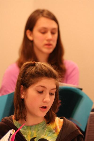 PUMC Youth Choir Rehearsal 2009-03-15 (5)