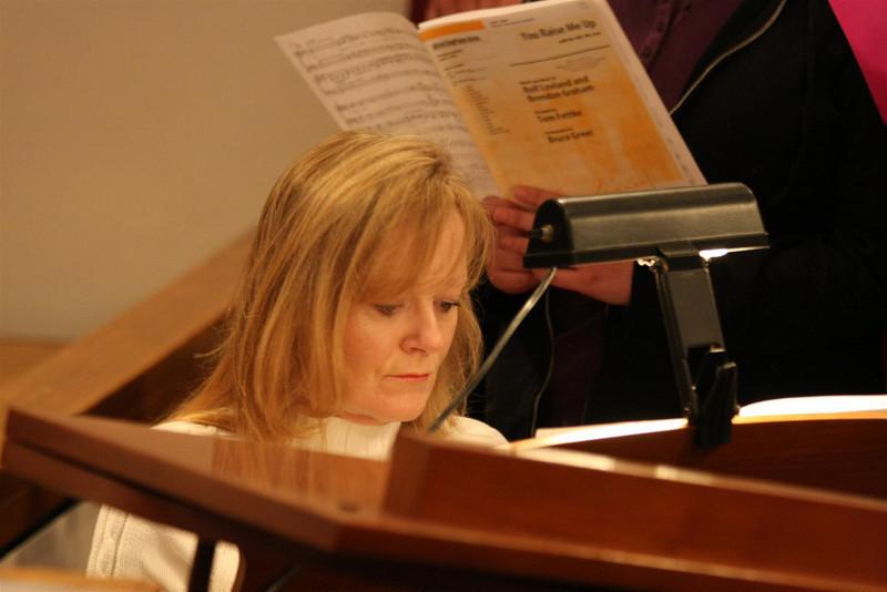 PUMC Youth Choir Rehearsal 2009-03-15 (15)