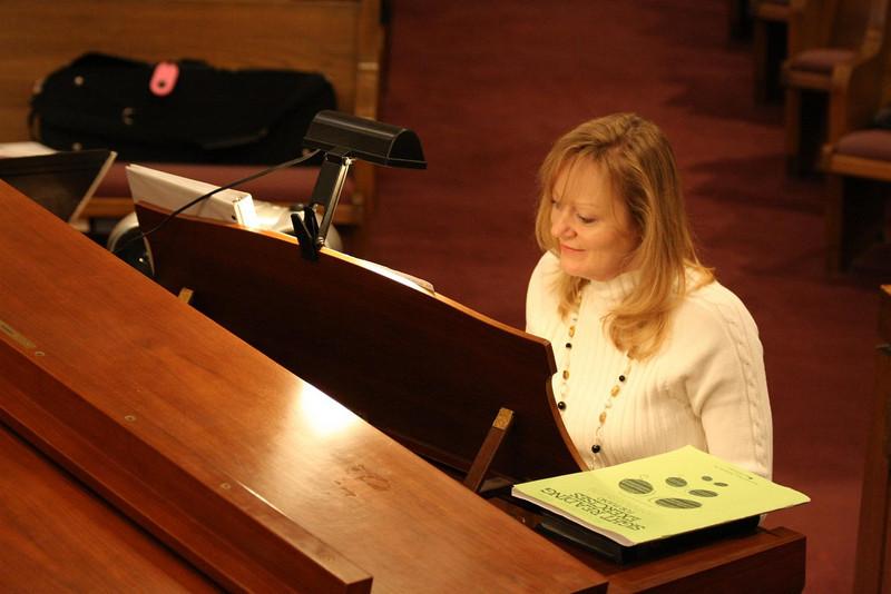 PUMC Youth Choir Rehearsal 2009-03-15 (30)