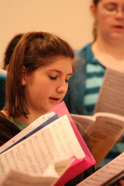 PUMC Youth Choir Rehearsal 2009-03-15 (31)