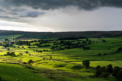 The valley from Sabden to Roughlee, captured in the evening  between the rain and showers.
