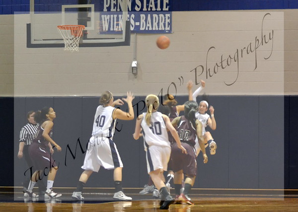 2012 PENN STATE WILKES-BARRE WOMEN'S BASKETBALL VS