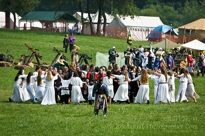 Clanne Preachain Field Battle - Pennsic War 33 08-16-2004