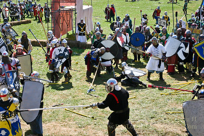 Castle Battle - Pennsic War 35 08-16-2006