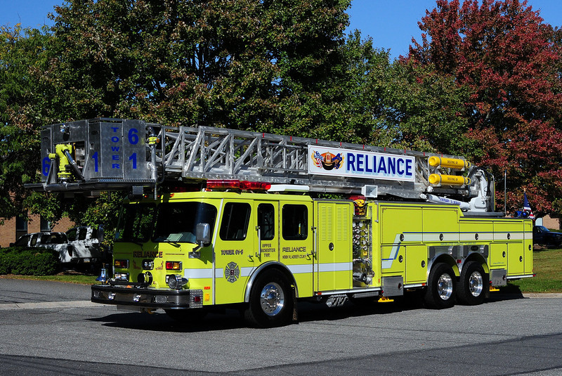 Reliance Hook & Ladder   Ladder 61  1994  Emergency-One  1500/ 300 / 95ft