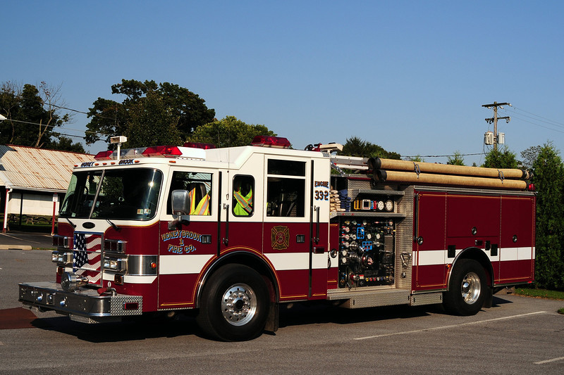 Honey Brook Fire Co  Engine  33-2  2001 Pierce  Dash  2000/ 750/ 50  Ex- Yardley-Makefield , Pa