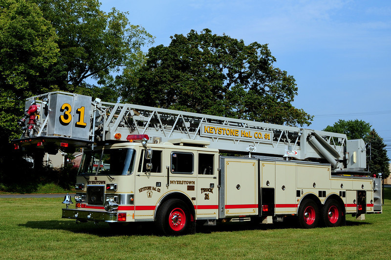 Keystone  Hook & Ladder Co   Truck  31  1992 Pierce Arrow  100Ft   Ex- Eklins Park  Pa
