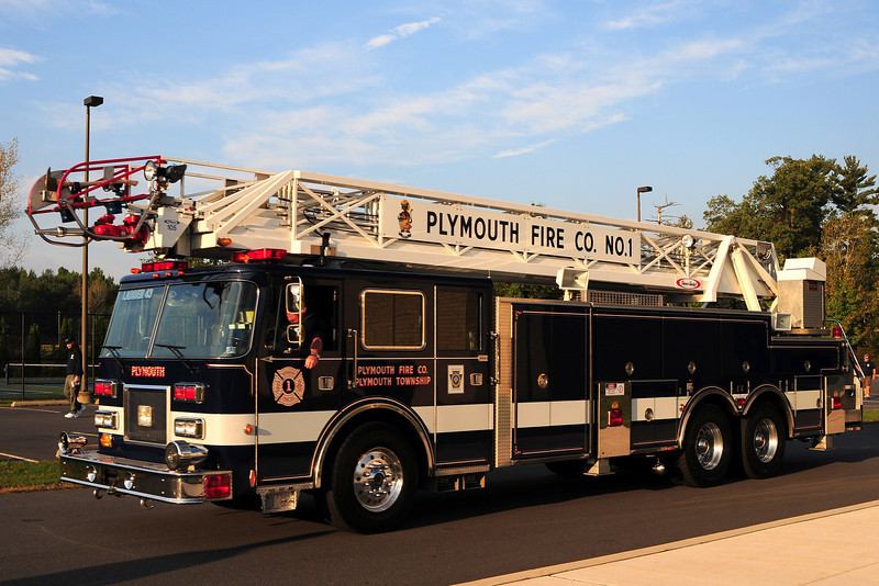 Plymouth Twp  Ladder  43  1993  Pierce Arrow  100ft