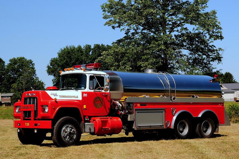 Trumbauersville  Fire Co Tanker  58  1988 Mack R/ 4 Guys  500/ 3500