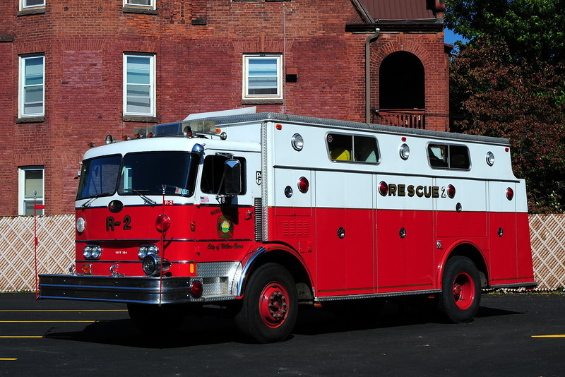 WILKES BARRE RESCUE 2   1977 PENFAB/ HAMMERLY EX-READING, PA