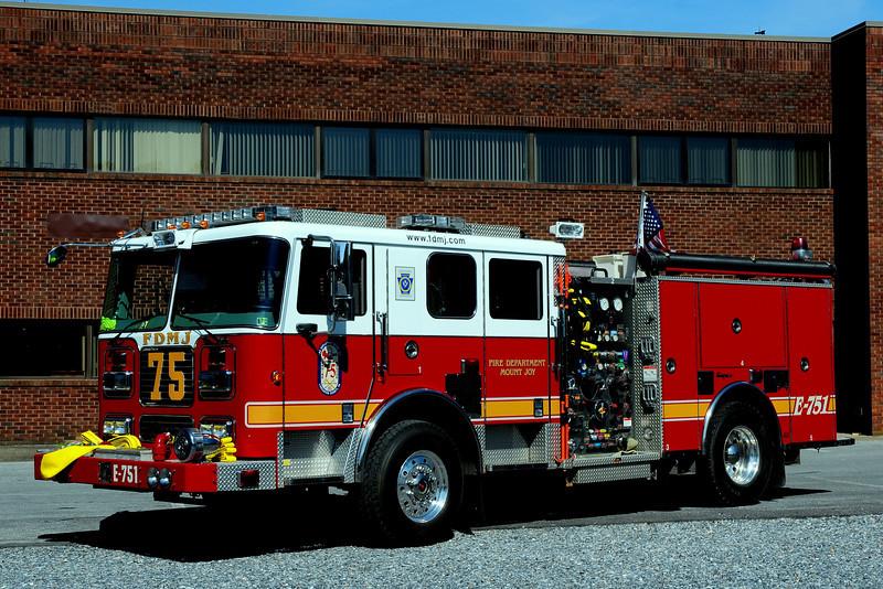 Mount Joy  Fire Dept    Engine  75-1 2005  Seagrave  2000/ 500/  40  CAFS