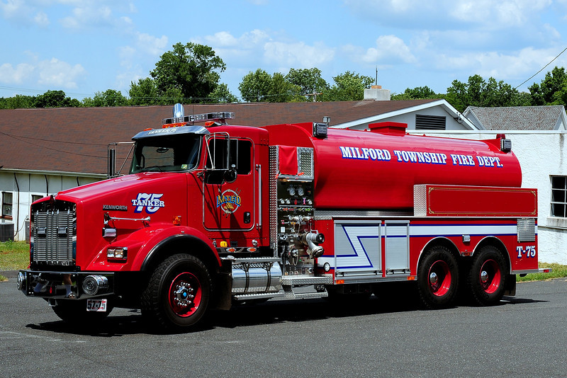 Milford Twp Fire Dept  2011 Kenworth /Suthpen  750/ 3500