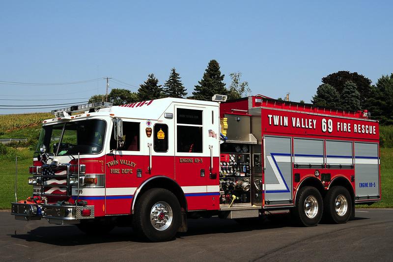 Twin Valley Fire Dept Tanker  69  2006  Pierce Dash  1500/ 3000/ 40