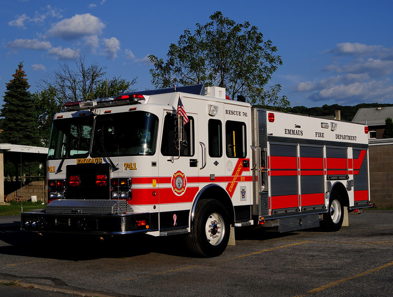 Emmaus Borough Rescue 741  2002 Spartan/ Central States 1500/500