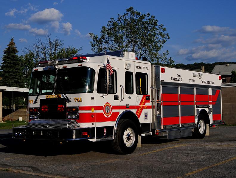Emmaus Borough Rescue 741  2002 Spartan/ Central States 1500/500
