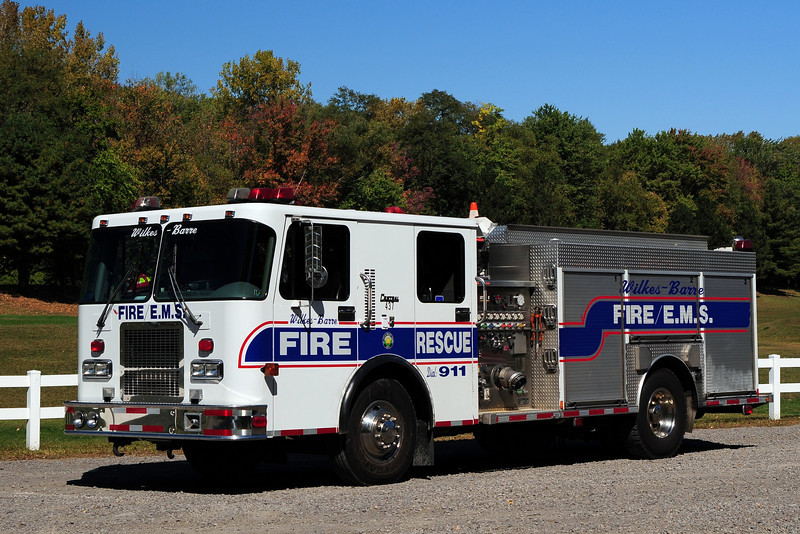 WILKES BARRE RESERVE ENGINE 5 1998 SPARTAN/ CENTRAL STATES 1500/ 500