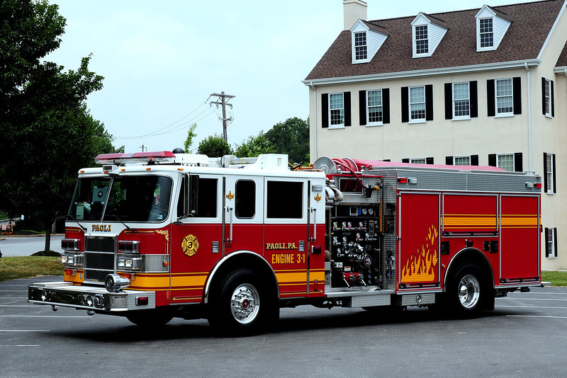 PAOLI FIRE CO  ENGINE 3-1  2003 PIERCE DASH 2000/ 750