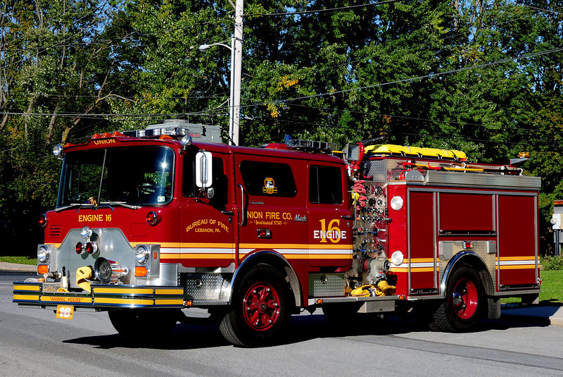 Union Fire Co  Engine  16  1977 Mack CF  Kenco  1500 / 500