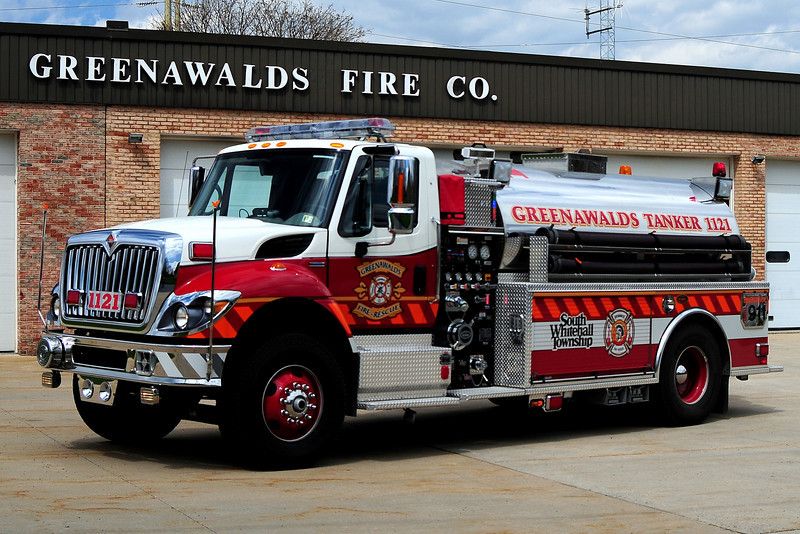 Greenawald Fire Co  Tanker 1121 - 2009 International/ KME 750/ 2000