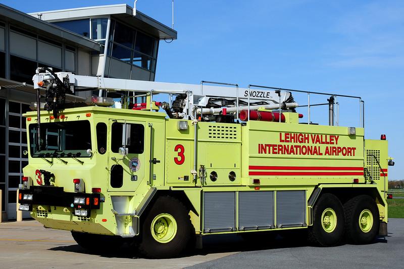 Lehigh Valley International Airport   Rescue  3  1993  Oshkosh  T-3000/ Snozzle   1950/ 3000/ 425  Foam 500  Dry  Chem  52  Ft  boom