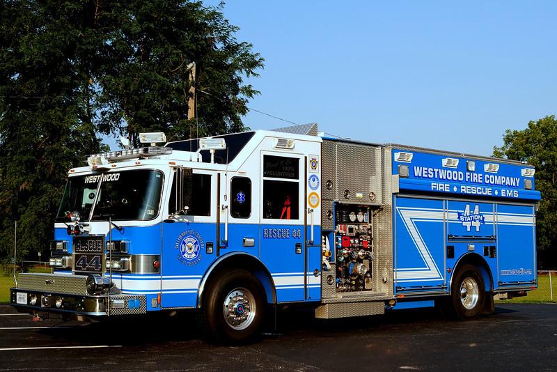 Westwood Fire Co Rescue  44  2005 Pierce Dash  2000/ 700/ 30/ 30