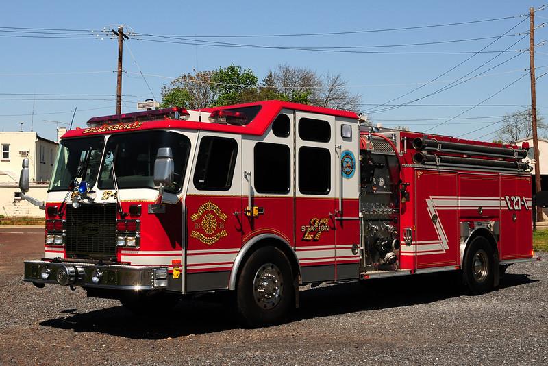 Sellersville  Fire Co    Engine  27-1   2001  Emergency-One   Cyclone  II  2000/1000