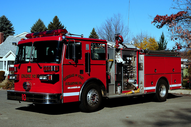 City of Scranton, Pa   Engine  10  1990 Sutphen  1500/ 750