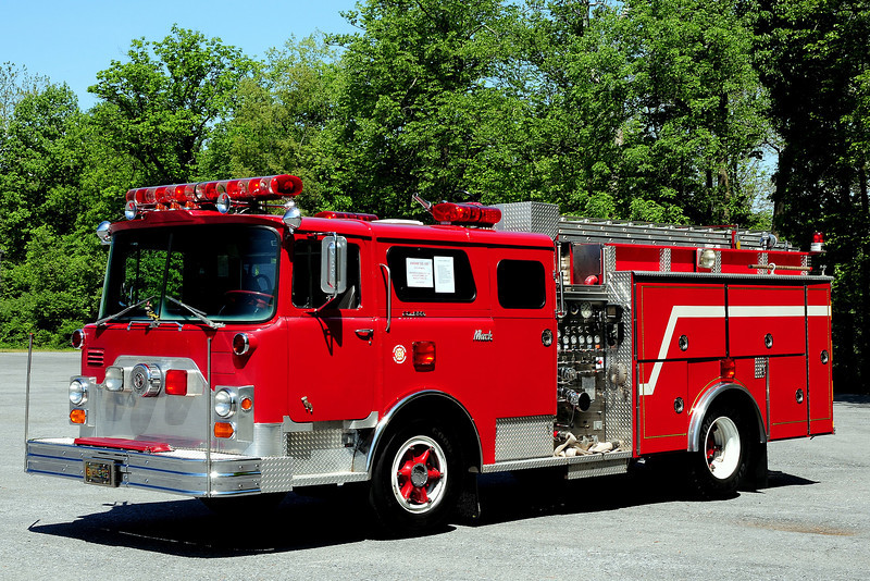 New Kensington, Pa   Engine    1971  Mack CF   1000// 750   ex-  Lower Burrell, Pa  Now  Privatly  owned