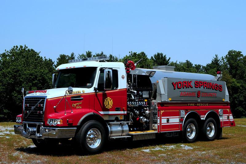York Springs Fire Dept   Tanker  9  2007  GM/ Volvo/ 4 Guys  1500/ 2600