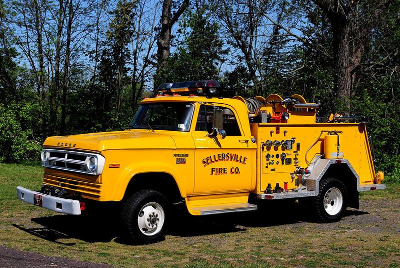 Sellersville  Fire Co     Field  27   1969  Dodge  D-300  John  Beam  High Pressure  Fog  System