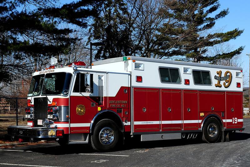 Doylestown Fire Co #1    Rescue  19  1988  Duplex/ Saulsbury