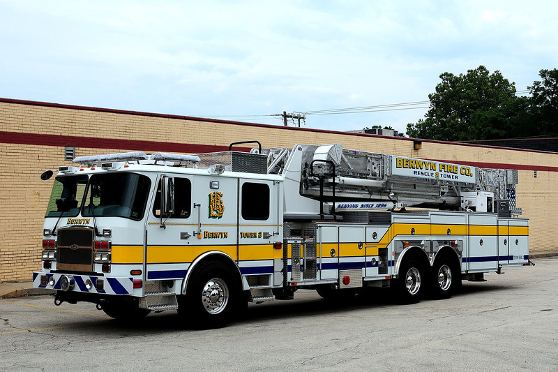 BERWYN TOWER 2  2011 EMERGENCY ONE 95ft