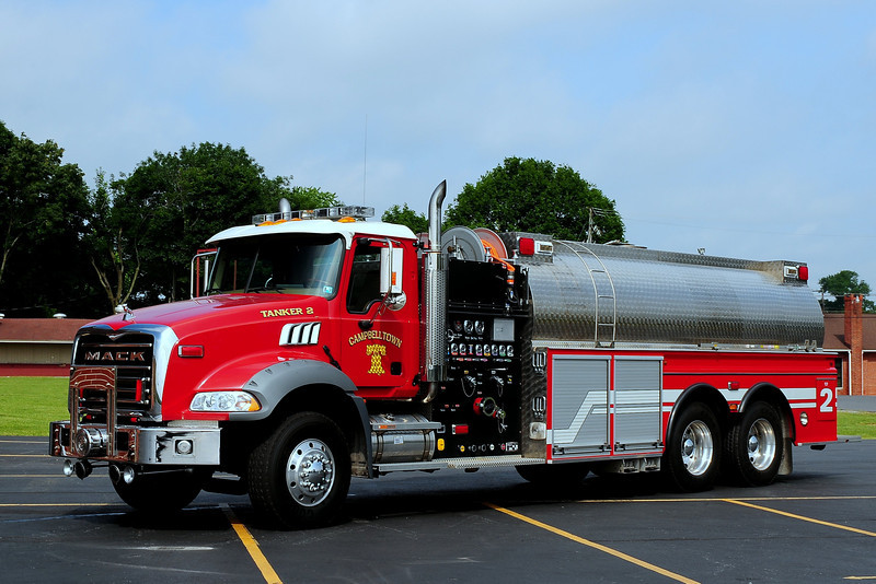 Campbelltown Fire  Dept  Tanker 2  2005/ 2007  Mack Granite / New Lexington / 4 Guys  During  the  build  New  Lexington  went out of  business  and  4 Guys  completed  the  build  in  2007