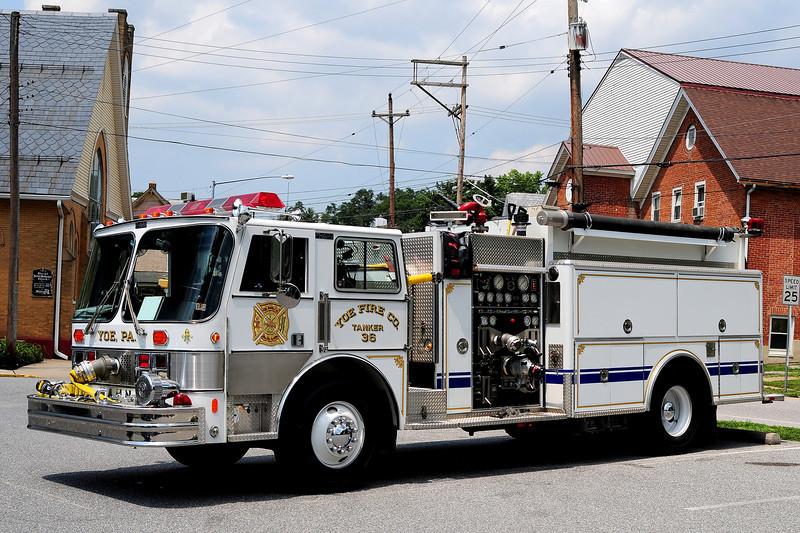 Yoe Fire  Company    Tanker  36   1988  Hahn  1500/ 1500
