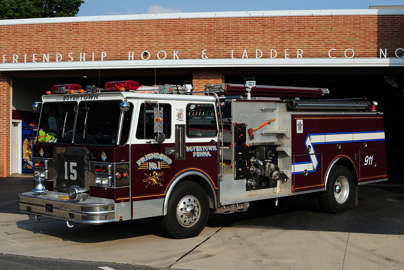 Friendship Hook & Ladder Co  Engine 15  1989 Spartan Gladiator/ Pierce 1750/ 750