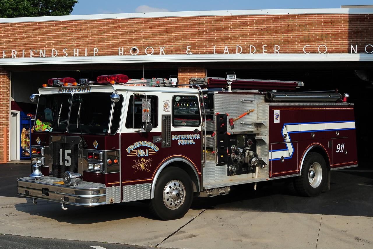Friendship Hook & Ladder Co  Engine 15  1989 Spartan Gladiator/ Pierce 1750/ 750