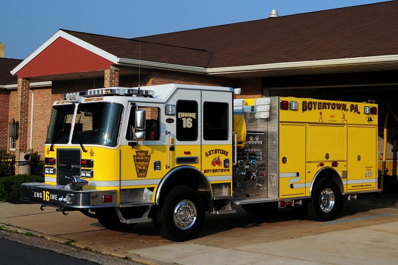Keystone Steam Fire Engine Co   Engine 16 - 2010 KME  Predator  4x4  1750/ 1000/ 50