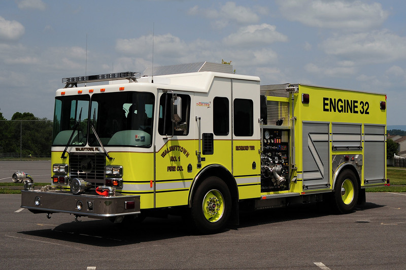 Wallnuttown Fire Co Engine  32  2007 HME/ Ferrara 1500/ 1000/ 50/ 50