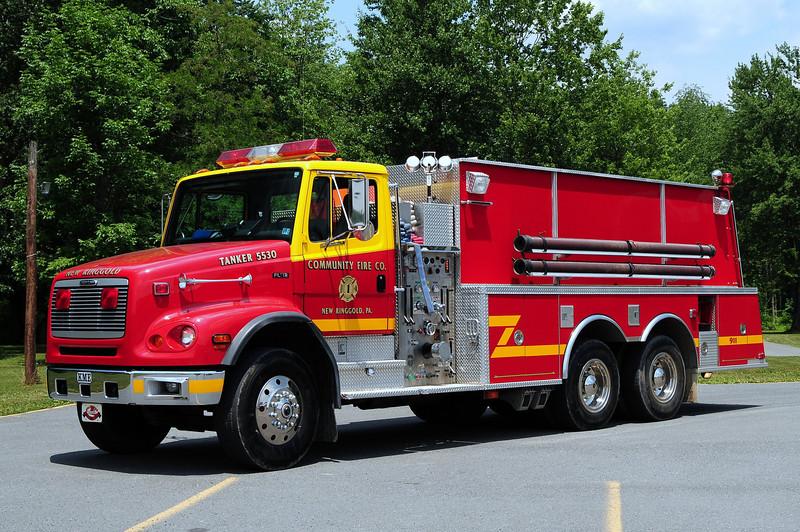 Community Fire Co New Ringgold, Pa Tanker 5530  1997 Freightliner/ KME  750/ 3000