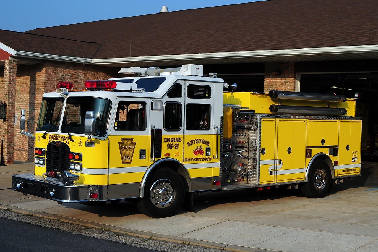 Keystone Steam Fire Engine Co   Engine 16-2   2002 KME 1750 1800