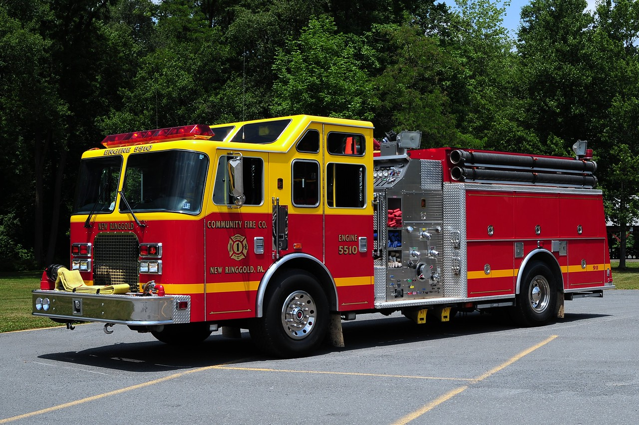 Community Fire Co New Ringgold, Pa Engine 5510  1997 KME 1500/ 1500/ 30