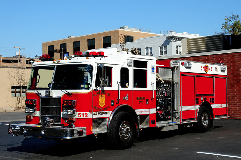 Alpha Fire Co  Engine 512  2002 Pierce Dash  1500 / 750
