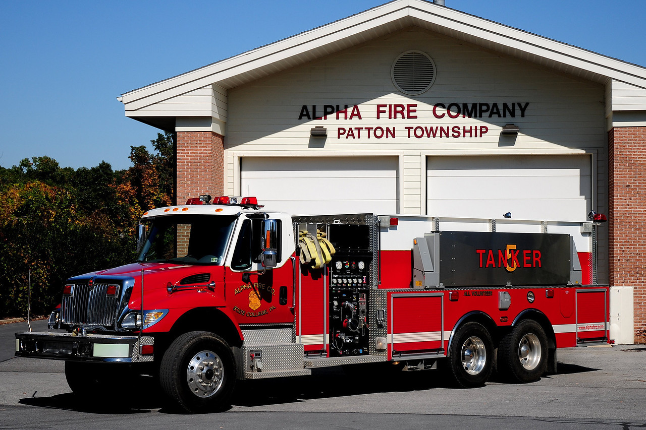 Alpha Fire Co  Tanker  520  2004  Intnational/ 4 Guys   1500/ 2000/ 40