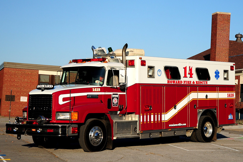 Howard Fire Co  Rescue  1418   1990 Mack RS  Emergency-One