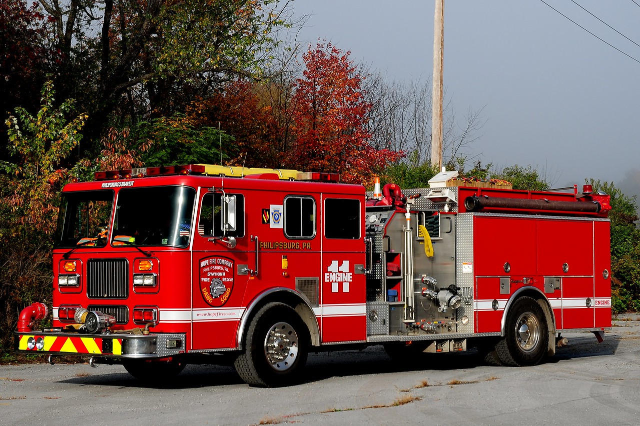 Hope Fire Co.     Engine  11   1997 Seagrave  2000 / 750