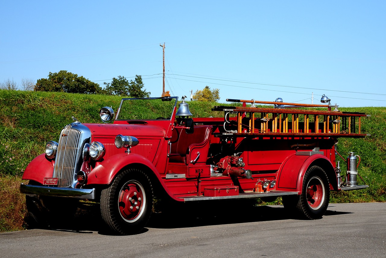 Pleasant Gap  Fire Co    Engine  812  1938 Dodge  American La france  350/ 150