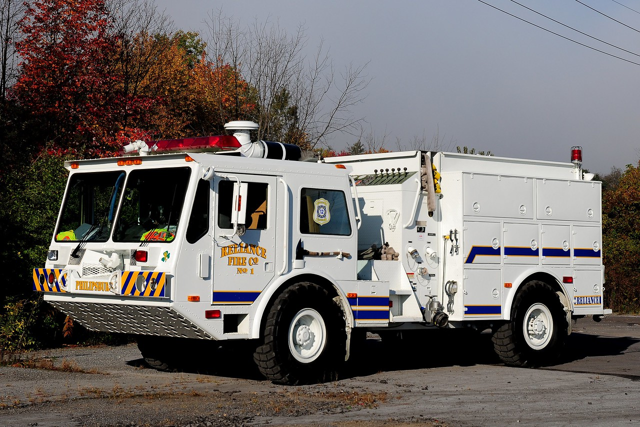 Reliance Fire Co      Brush  5725  1989   Ameritek  2500   1000 / 650/ 60   4WD