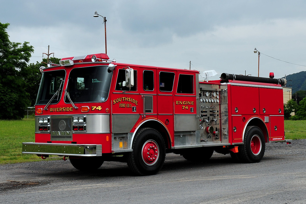Riverside Fire Co Engine  74  1989 Hahn  1500/ 500