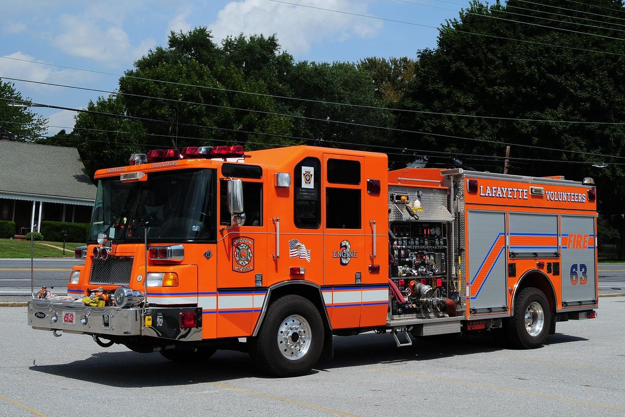 Lafayette Engine 6-3-3   2003 Pierce Quantum 2250/ 500/ 100 class B foam