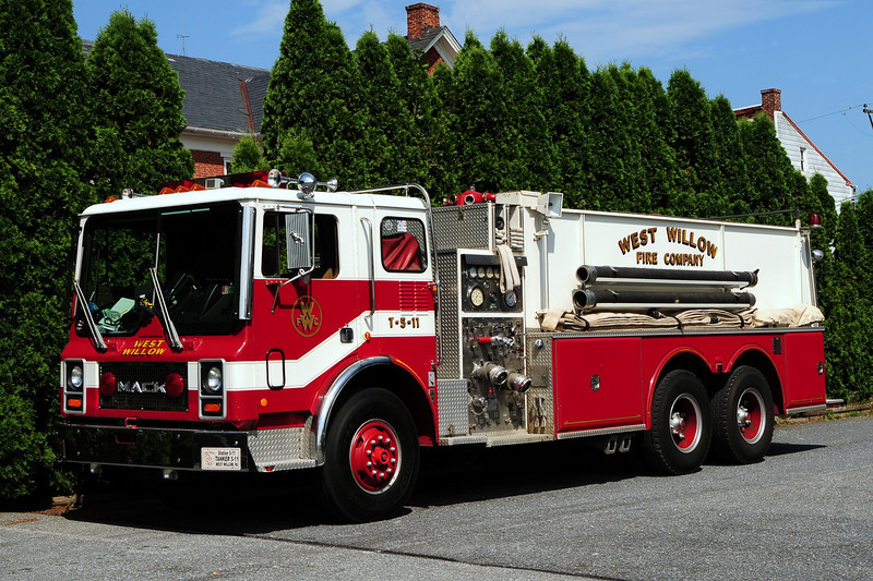 West Willow Tanker 5-11    1983 Mack MC/  Conestoga 1000/ 2500